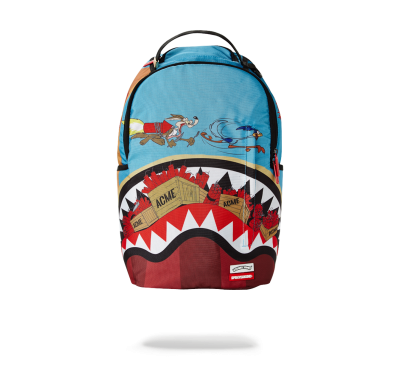 COYOTE VS ROADRUNNER SHARK BACKPACK
