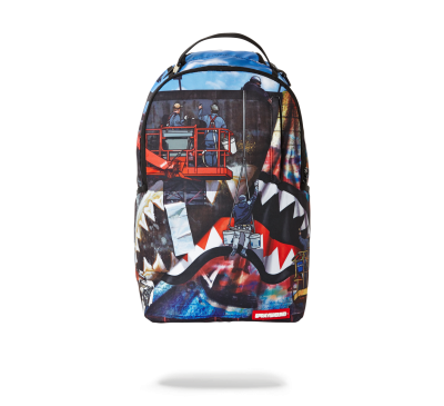 EXPOSED SHARK BACK PACK